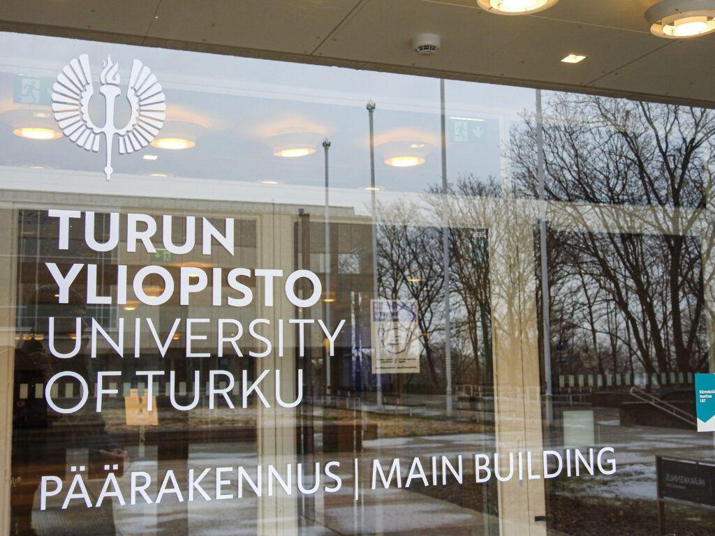 Turun yliopiston päärakennus